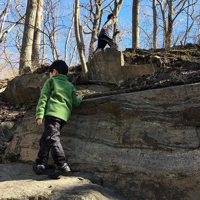 How we get our kids to enjoy a hike.   Let them climb rocks along the way. Our hikes are not about how far but how fun. #waterandlightning #childrenunplugged #childhoodunplugged #familytrails #naturekids #playoutside