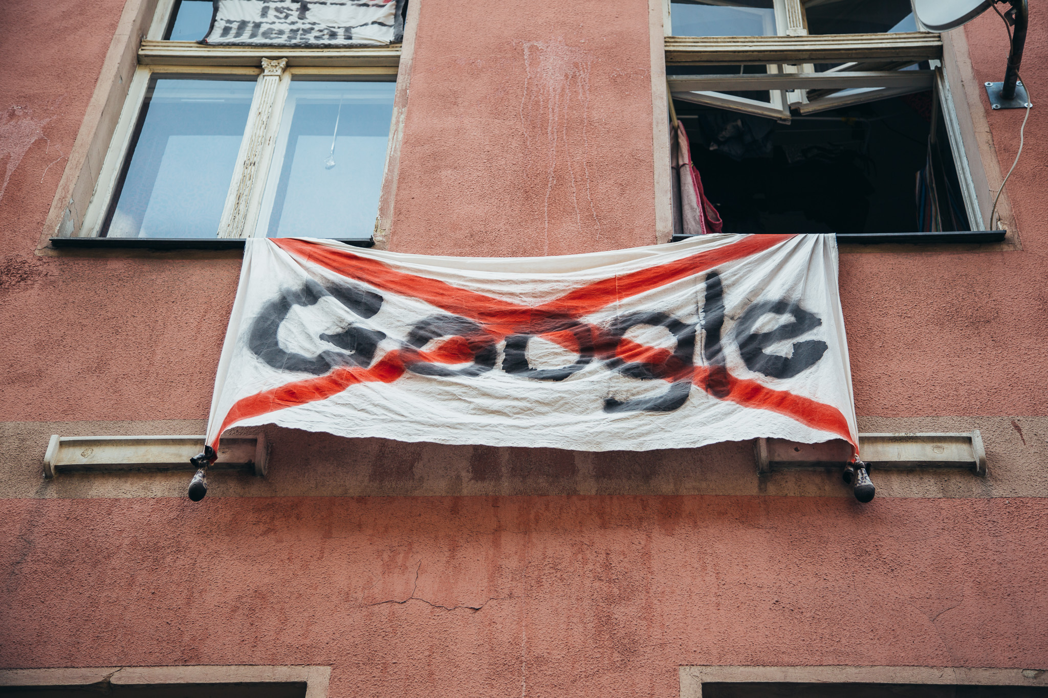 20.08.2018  Google just moved into Berlin, and people aren't happy.