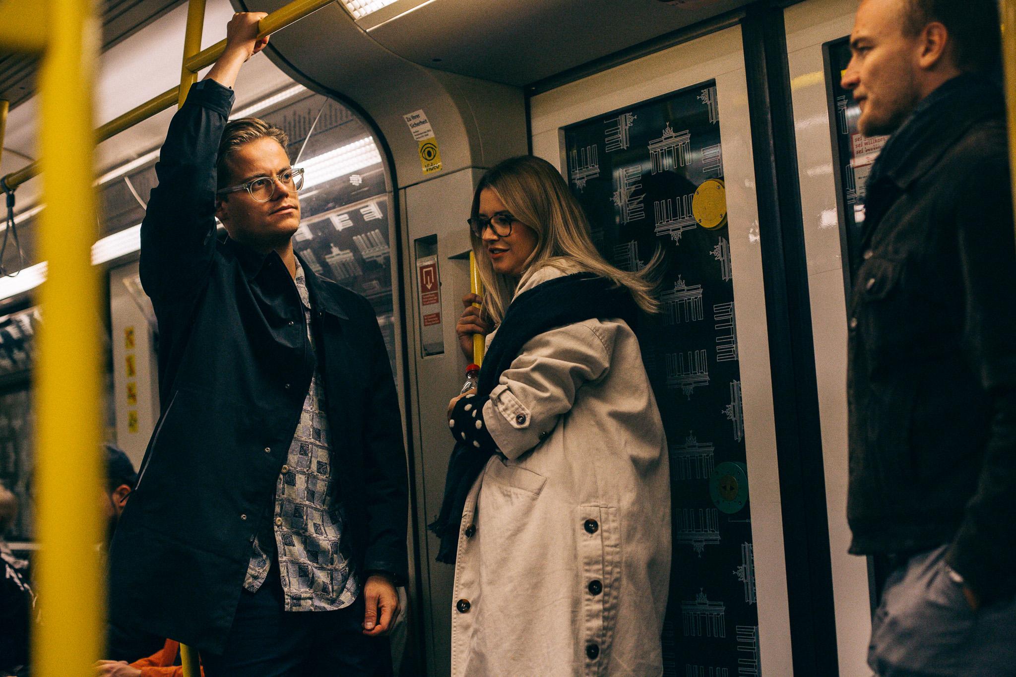 29.09.2018  Joep, Myrthe, Angus on the U-Bahn.
