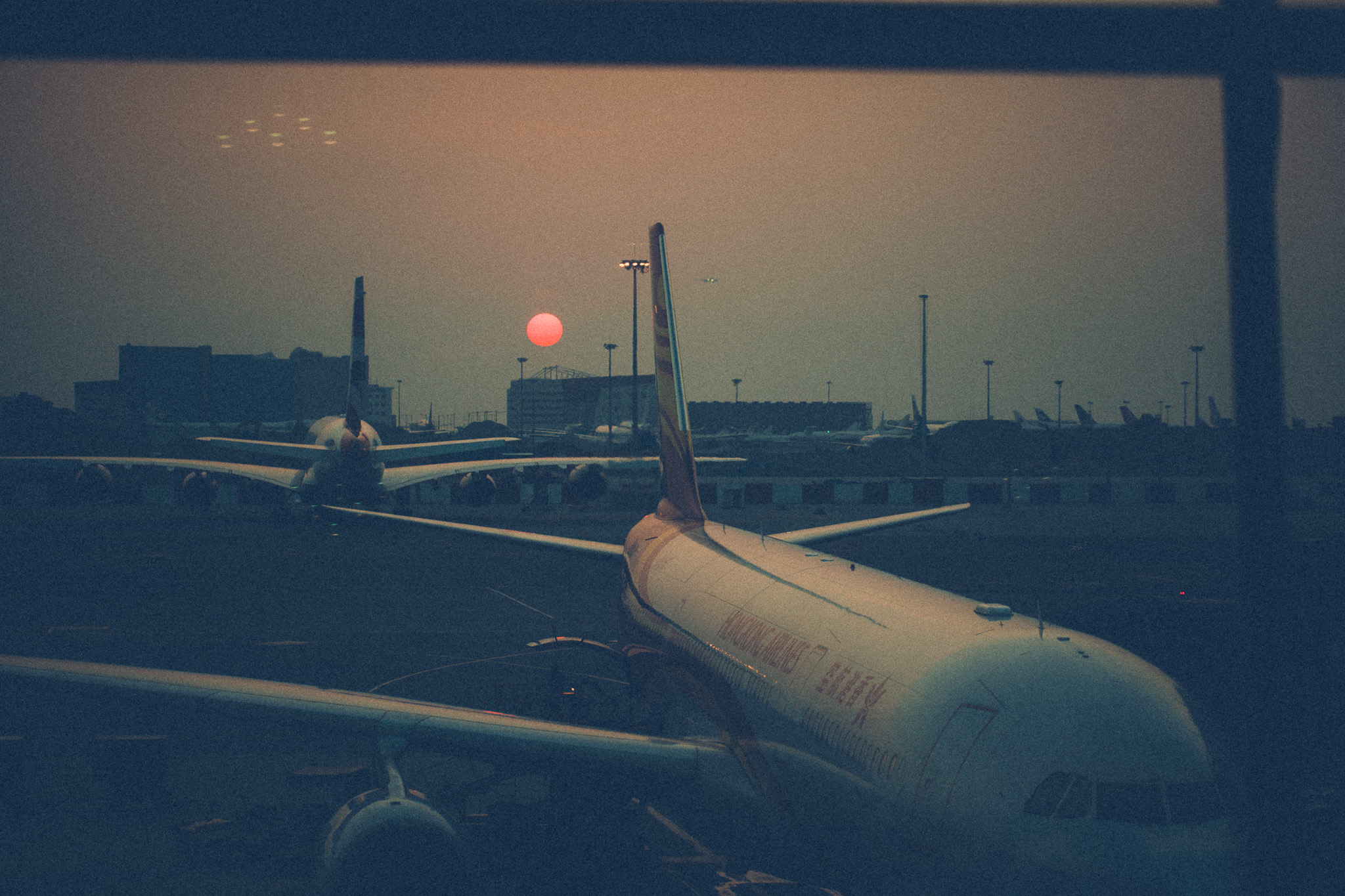 26.10.2018  Transit sunset at Hong Kong Airport.