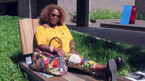 Quilt artist and gallery owner,  Laura Gadson,  chillin' in her bespoke-ness.