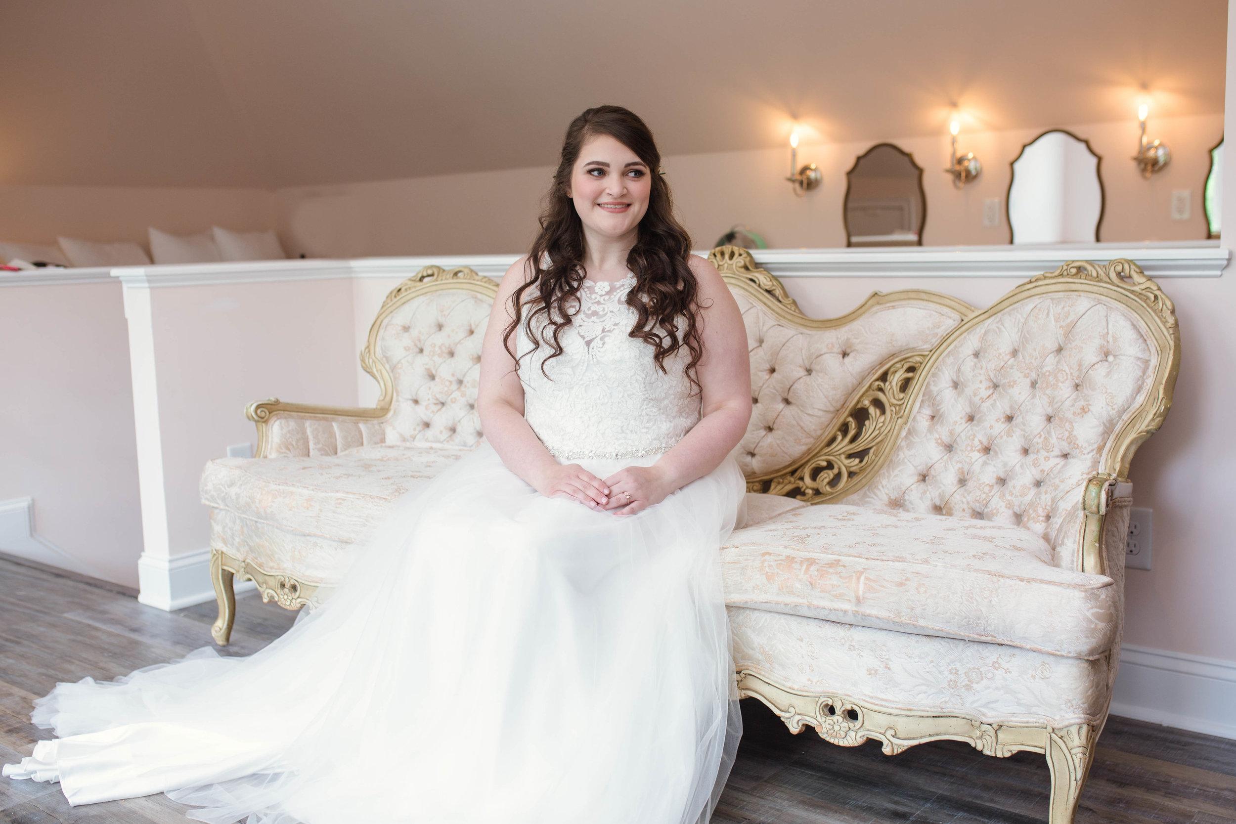 Bridal Suite + Getting Ready Tips - Honolulu Oahu Hawaii Wedding Photographer