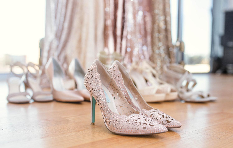 Getting+ready+and+wedding+details+-+raleigh+north+carolina+wedding+photographer.jpeg