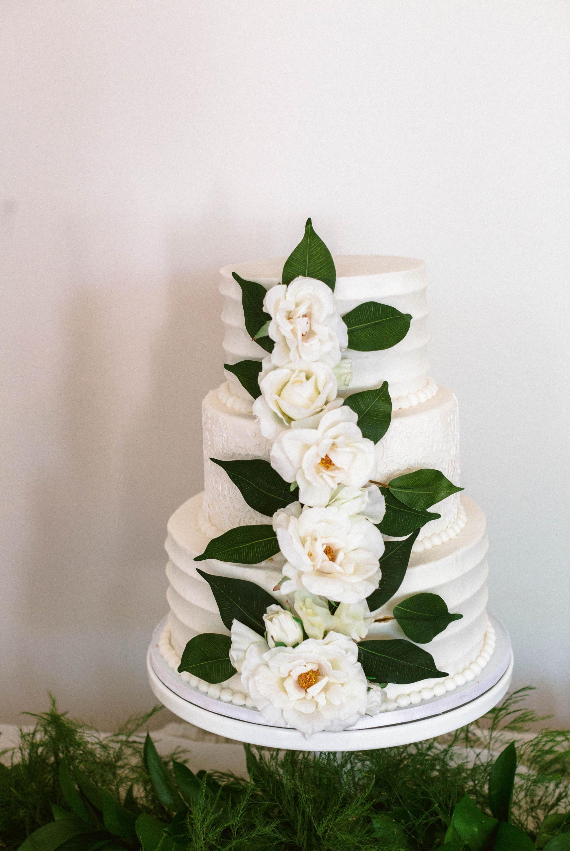 High End Wedding Inspiration at an all white Estate Venue - Reception, tablewear and Flower Inspiration - Honolulu, Oahu, Hawaii Wedding Photographer 12.jpg