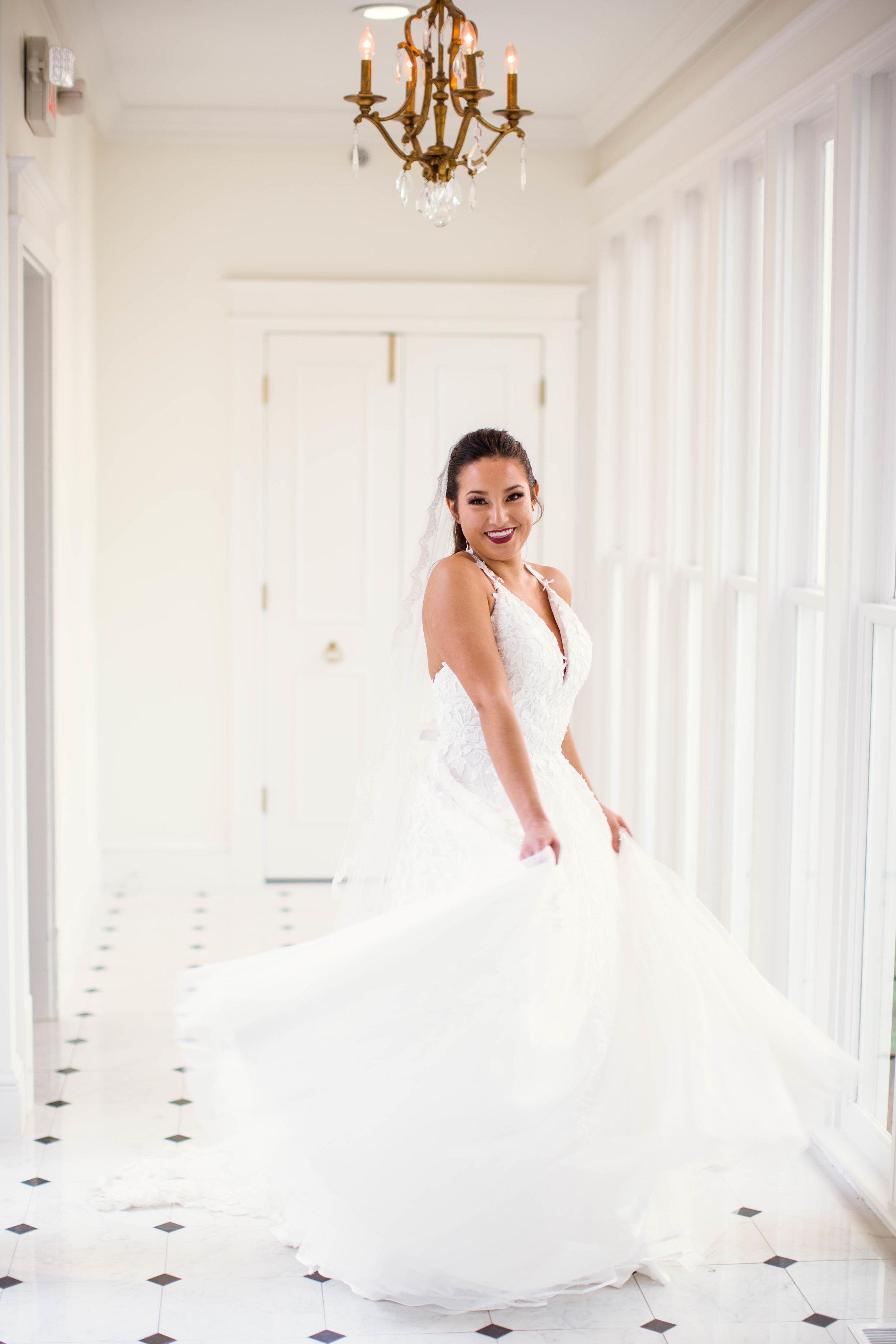 What Dress Should I choose? Oahu Hawaii Wedding Photographer