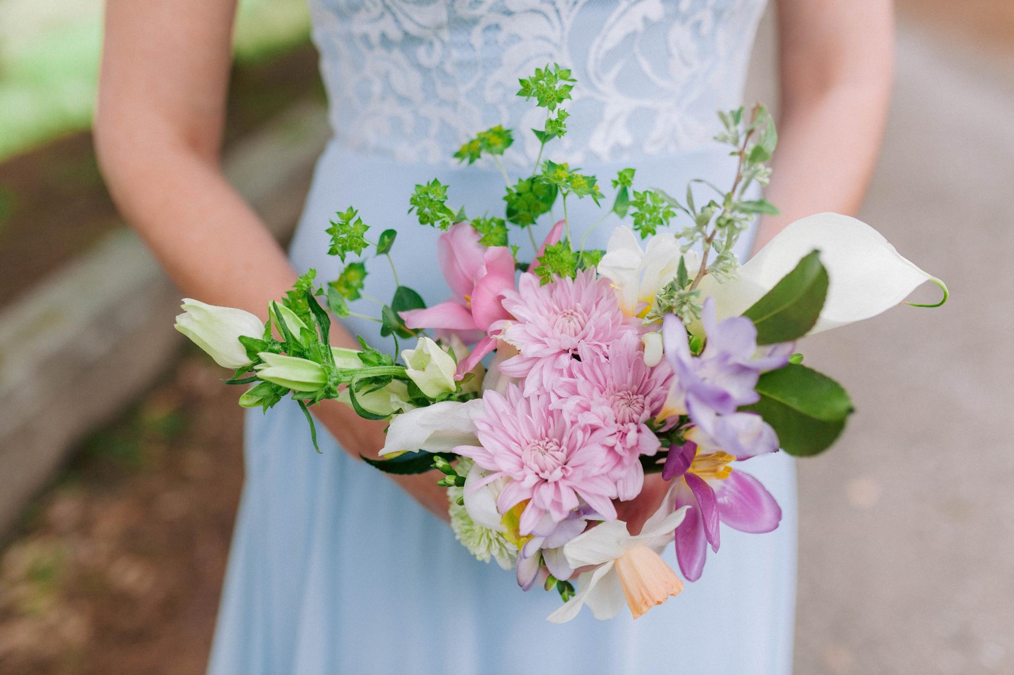 bridesmaid with her bouquet - Honolulu Oahu Hawaii Wedding Photographer