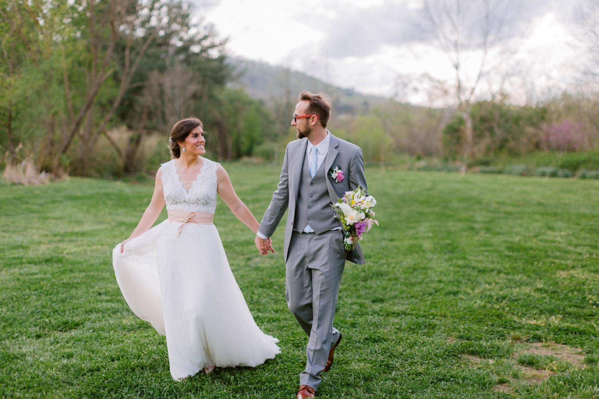bride and groom portraits - Honolulu Oahu Hawaii Wedding Photographer