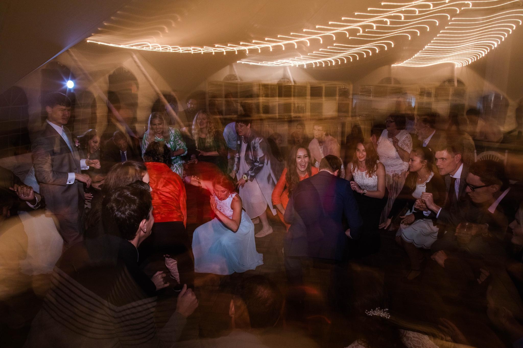 dancing - Honolulu Oahu Hawaii Wedding Photographer