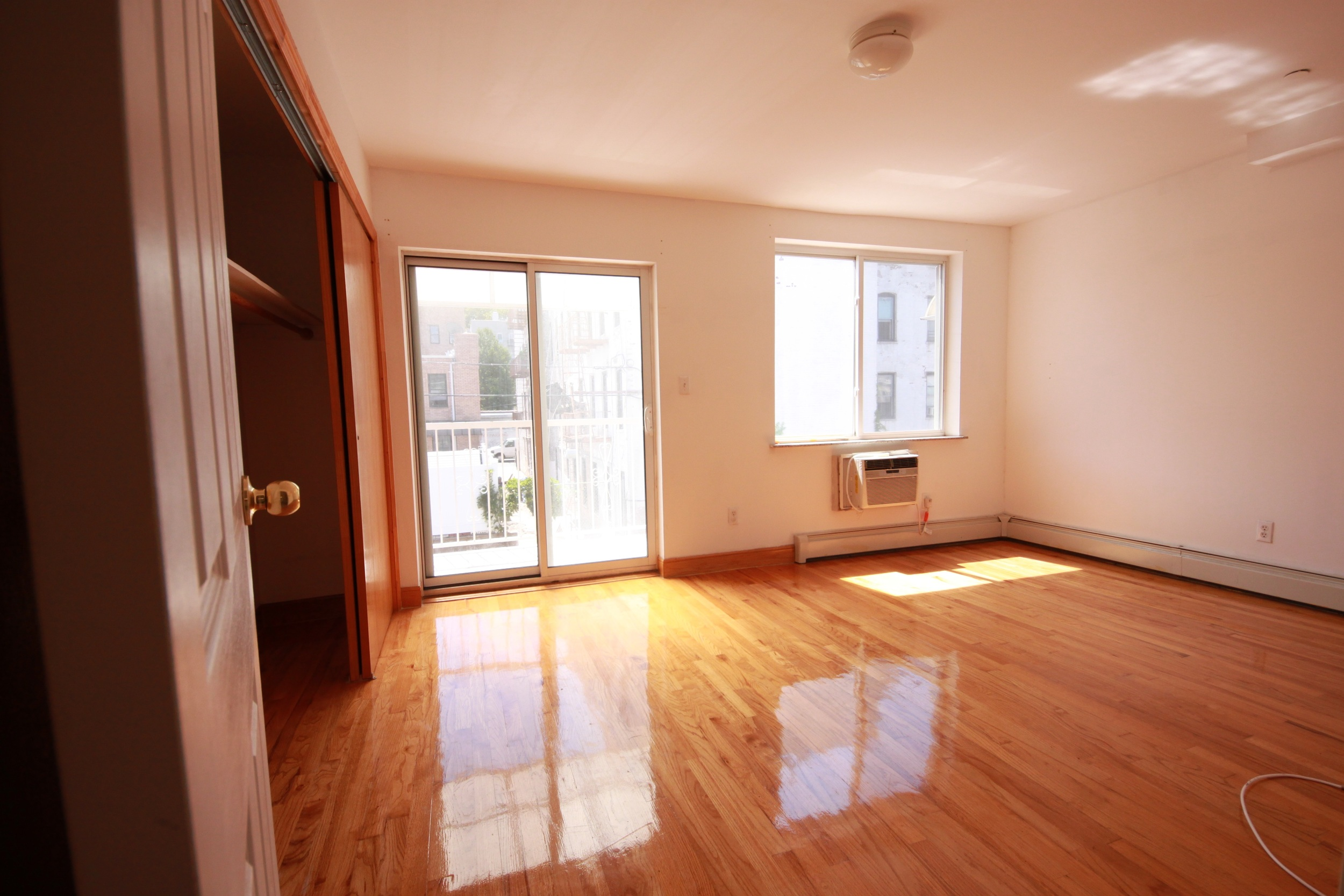 602 39th St, Apt 205 - 3 Bed/2 Bath in Sunset ParkRENTED - $2200/month
