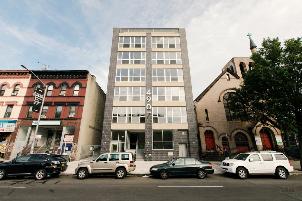 4907-4909 Fourth, Unit 1A - 2600 SQ FT of Retail in Sunset ParkAVAILABLE NOW!$35/sqft/year