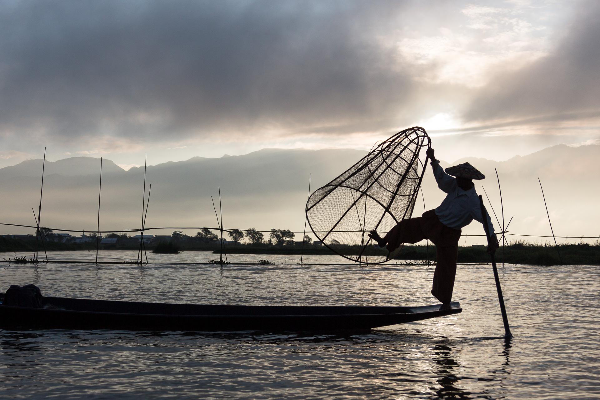 Einbein-Fischer auf dem Inle See