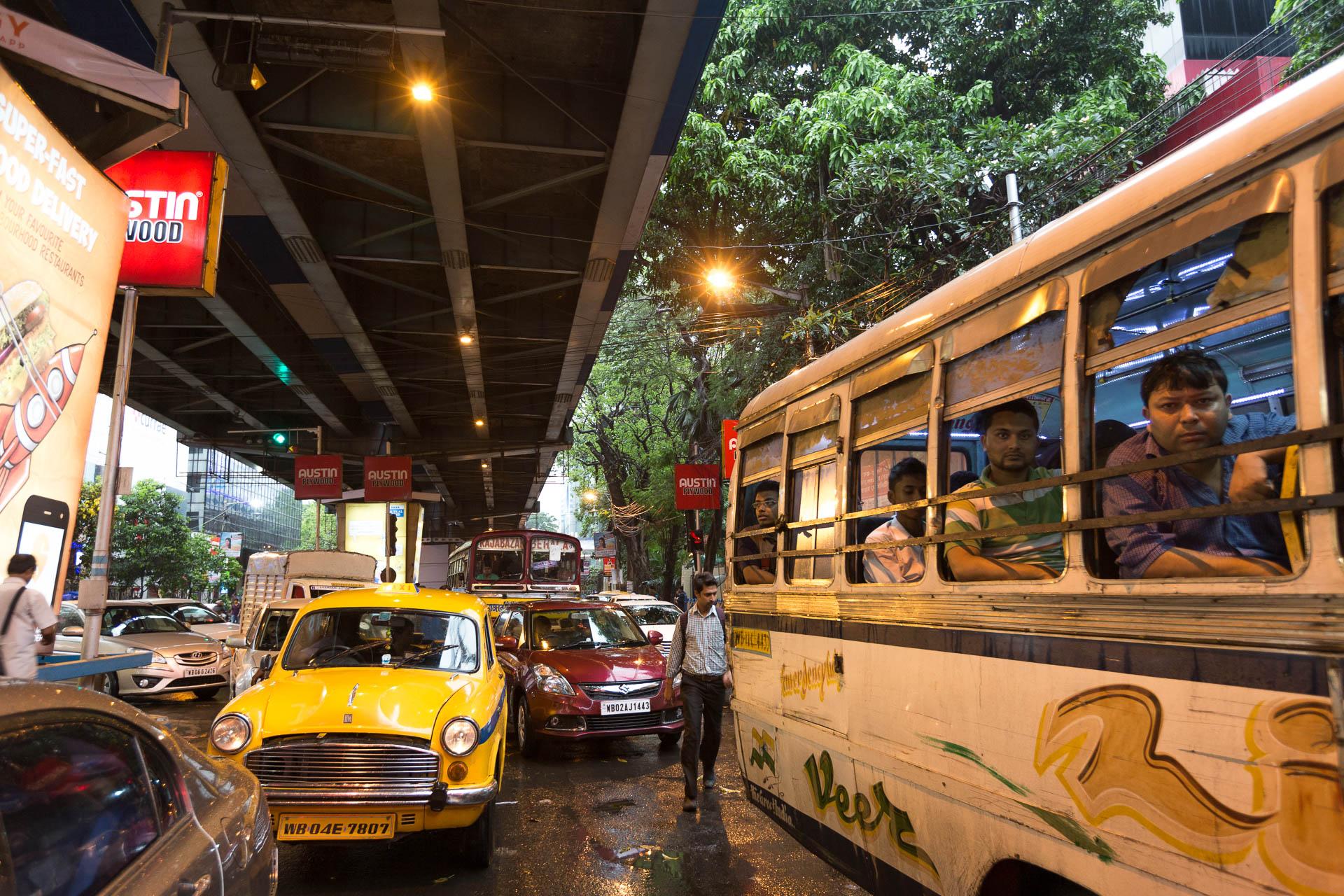 Kolkata City - reger Verkehr