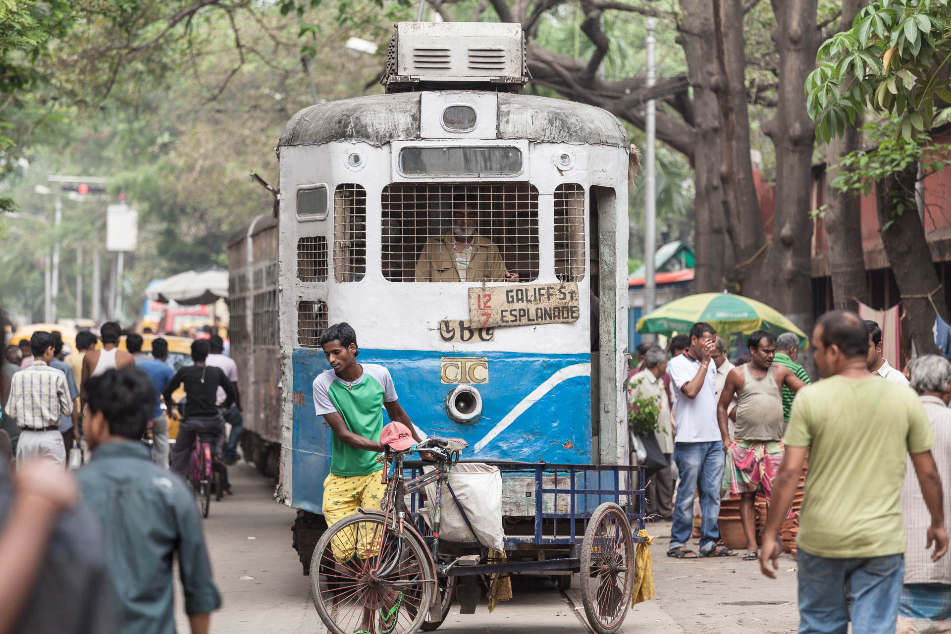 die alte Tram Kalkuttas gibt es immer noch!