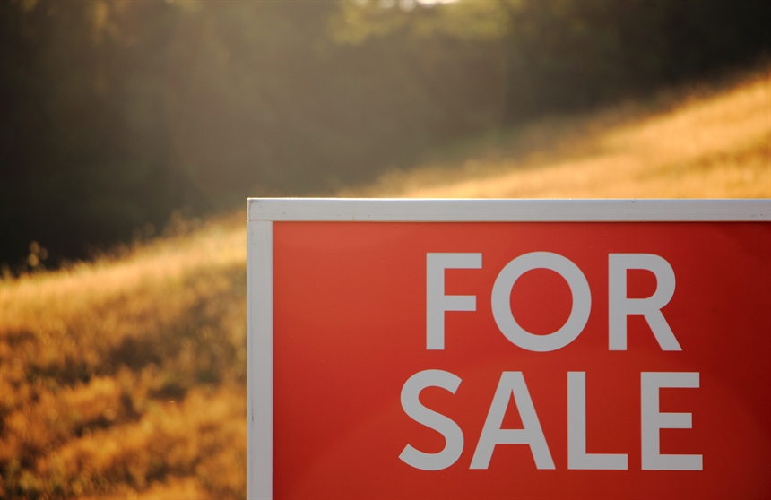 Conveyancing_Buying_Selling_Home.jpg