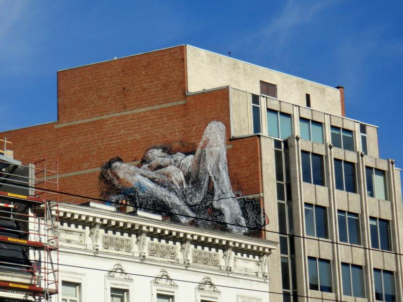 MASTRUBERENDE VROUW - street art Belgium.jpg