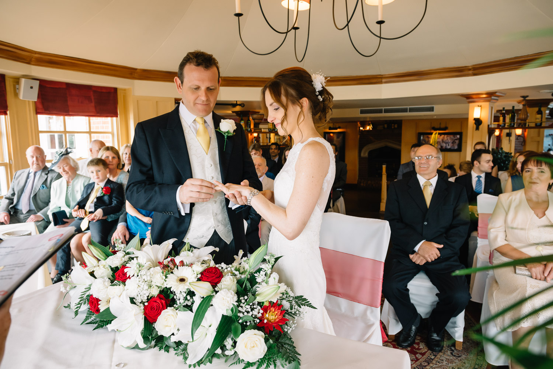 Creative London wedding photography by Valeria Nielsen-45.jpg