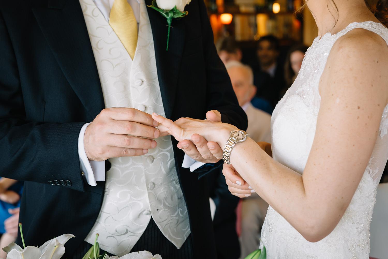 Creative London wedding photography by Valeria Nielsen-46.jpg