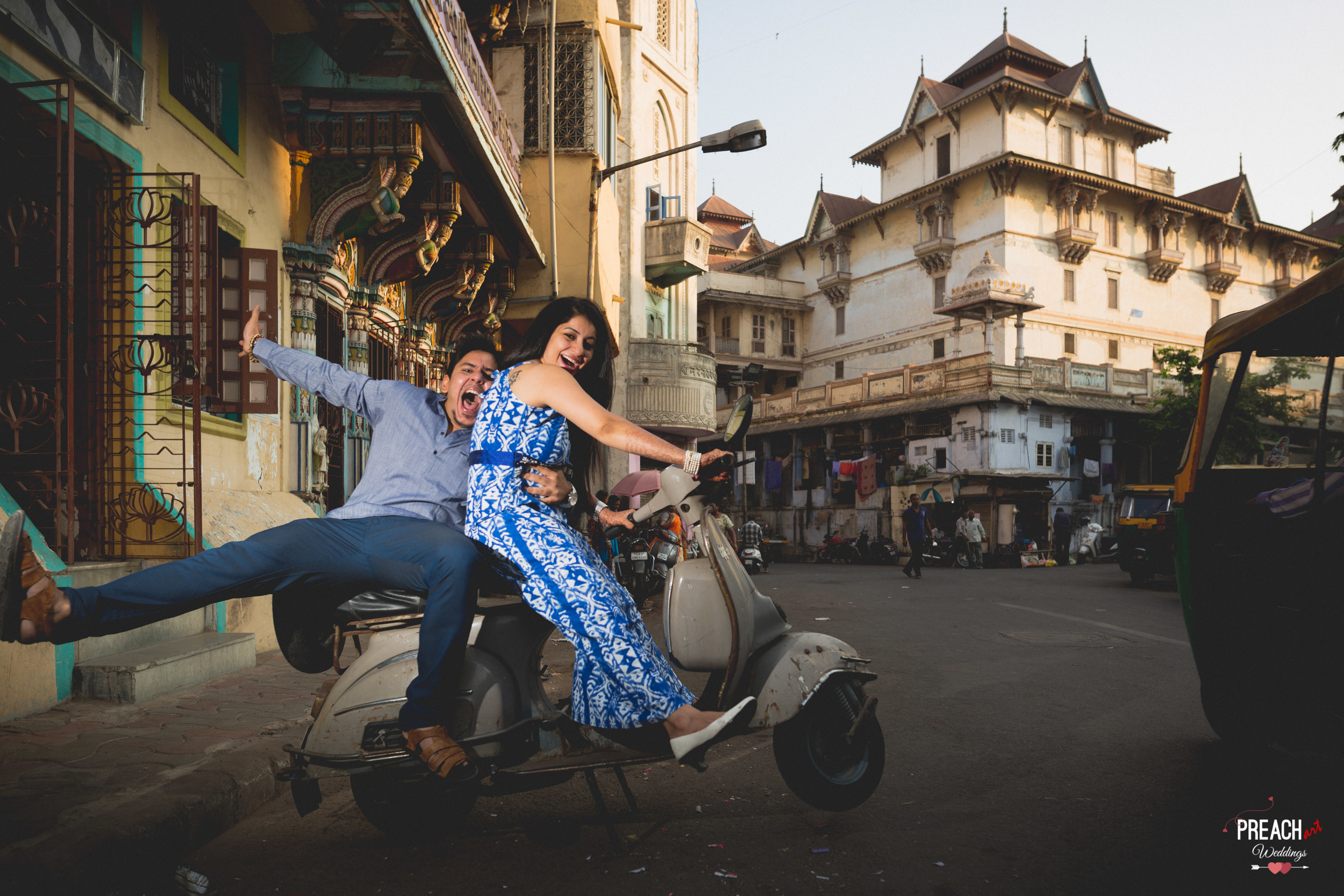 V&M_PRE-WEDDING SHOOT_AHMEDABAD OLD CITY_PREACH ART-2.jpg
