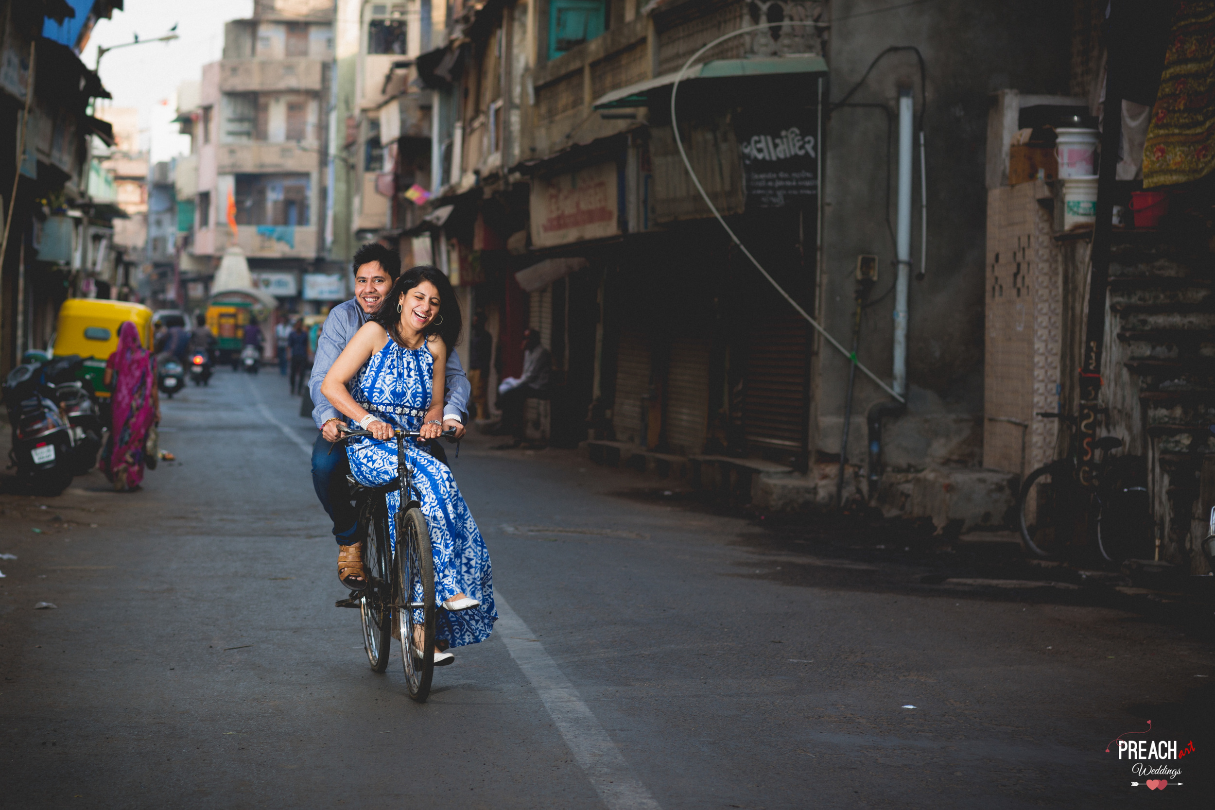 V&M_PRE-WEDDING SHOOT_AHMEDABAD OLD CITY_PREACH ART-9.jpg