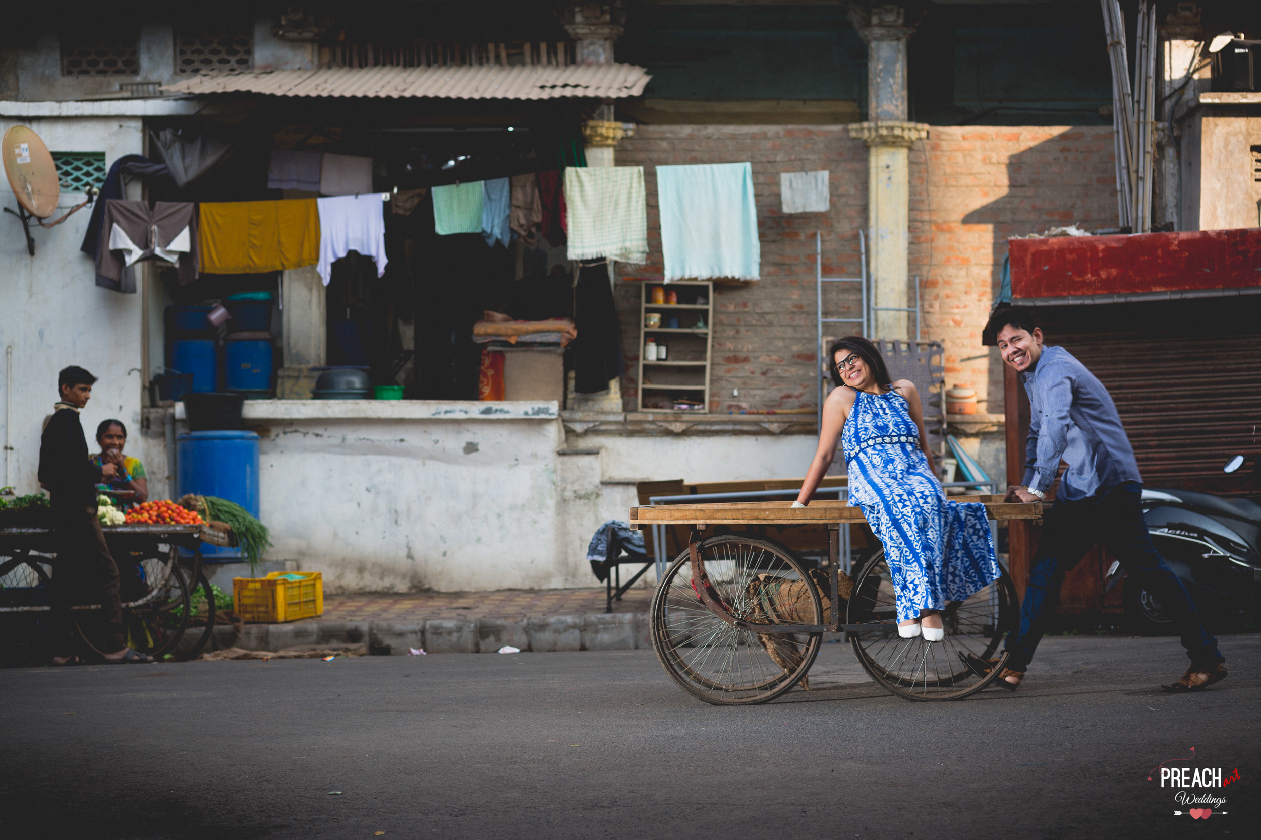 V&M_PRE-WEDDING SHOOT_AHMEDABAD OLD CITY_PREACH ART-13.jpg