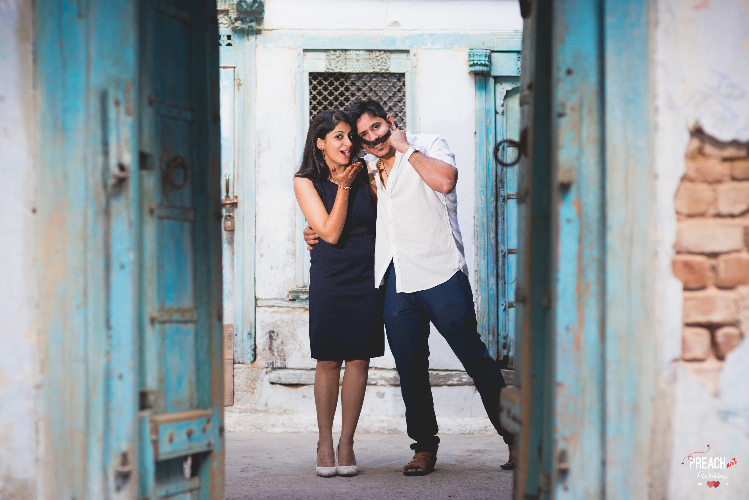 V&M_PRE-WEDDING SHOOT_AHMEDABAD OLD CITY_PREACH ART-30.jpg