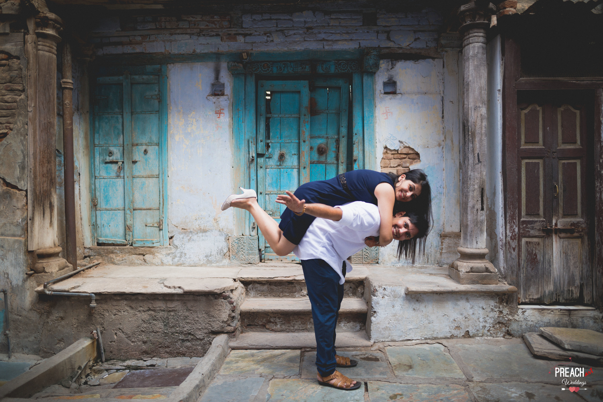 V&M_PRE-WEDDING SHOOT_AHMEDABAD OLD CITY_PREACH ART-32.jpg