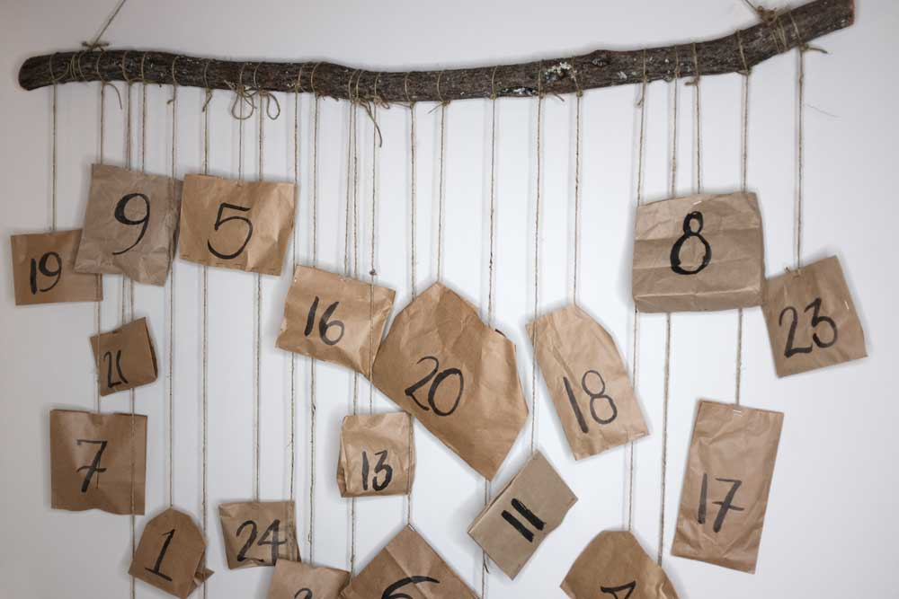 Minimalist and zero waste advent calendar | Hello Brio
