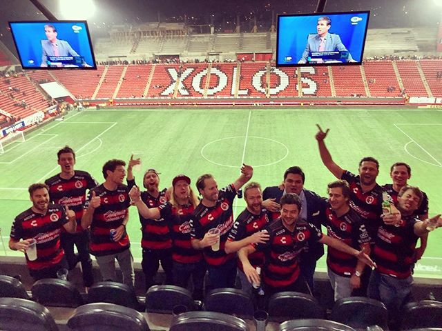 Having this many gueros in 🇲🇽 @xolos was 🚧, thankfully #mayorponcho kept us in line #alexagantwait