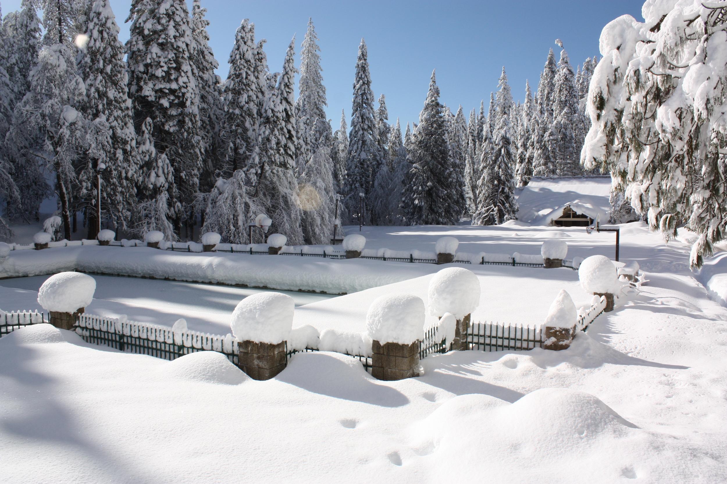 snow pool 2011.JPG