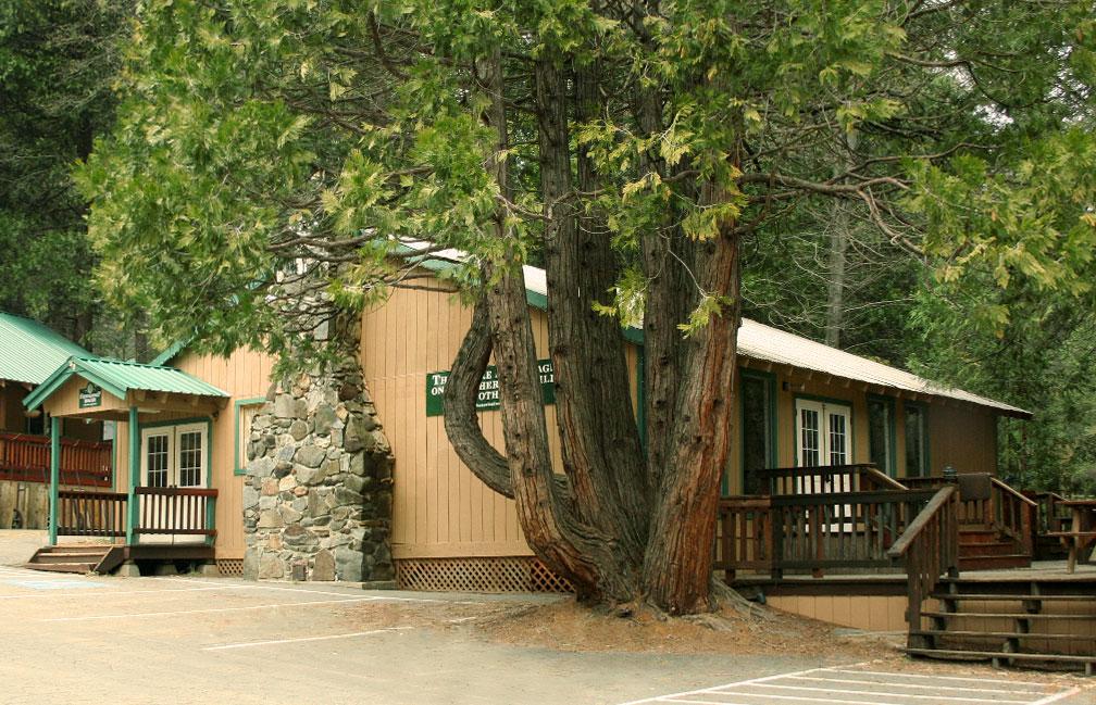 Sugar Pine Friendship House Exterior