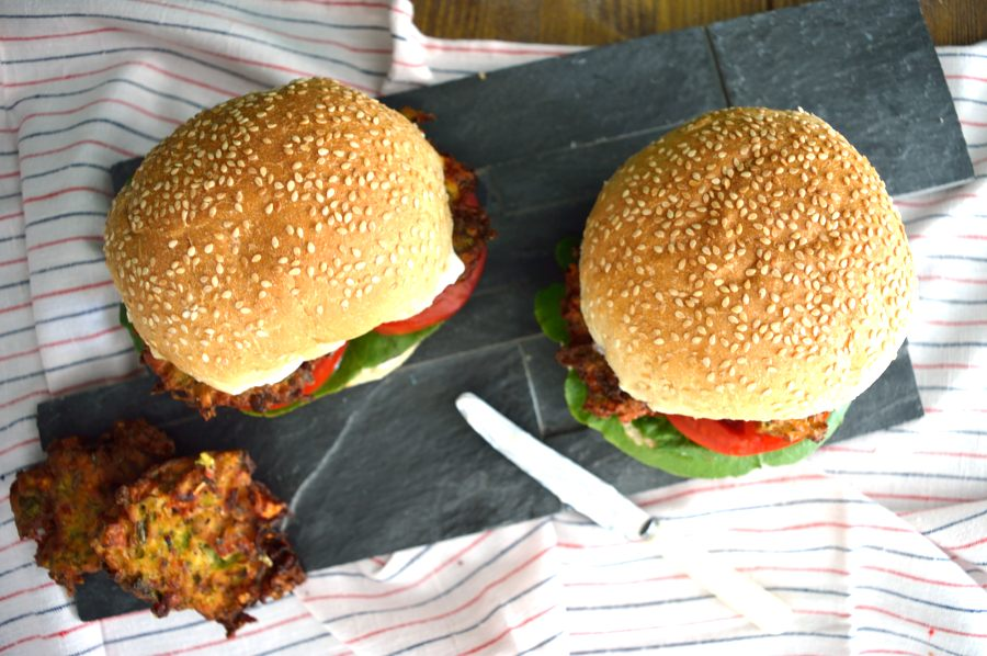 VEGGIE BURGER WITH ZUCCHINI FRITTERS