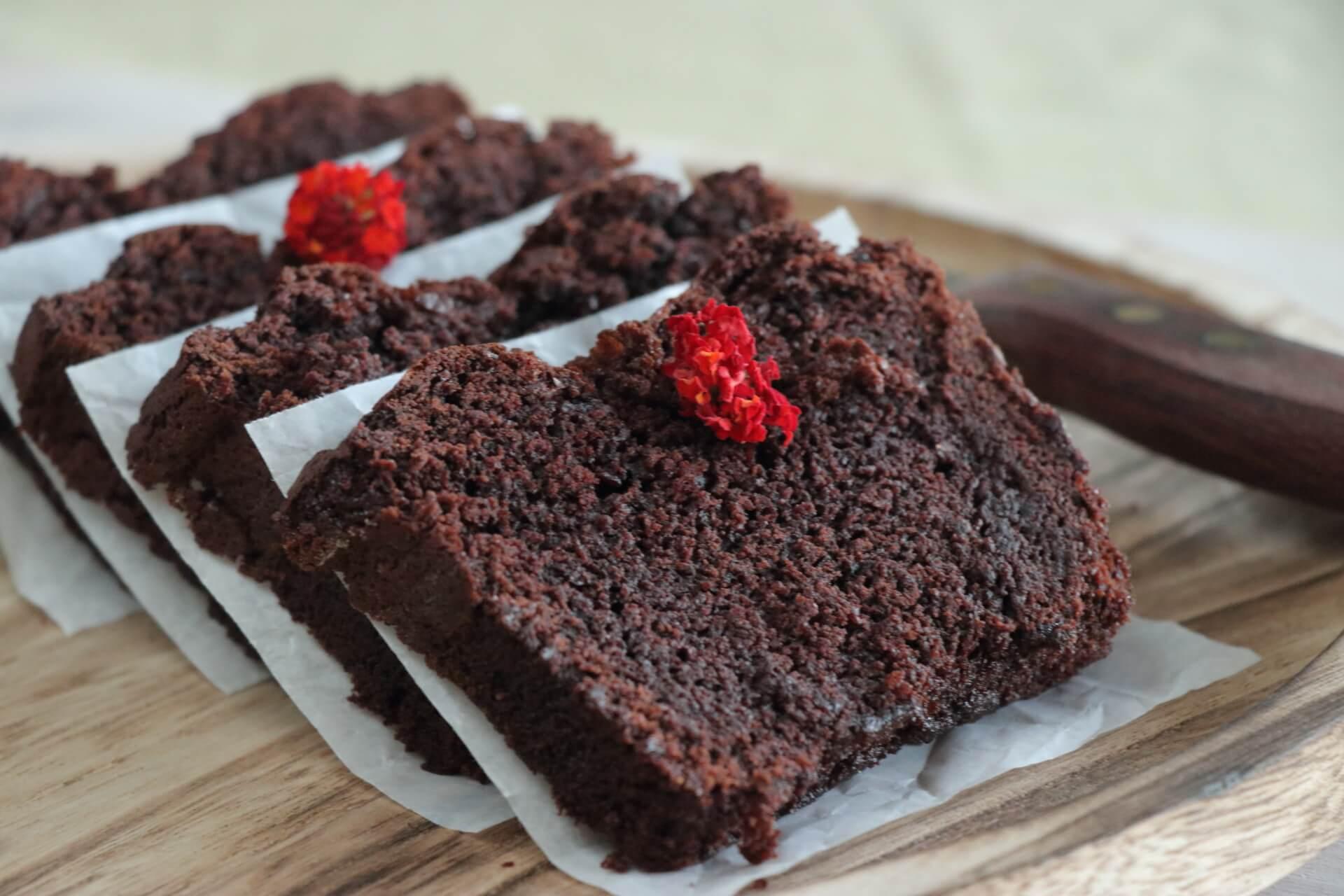 SQSP_Ε191-Νηστίσιμο-σοκολατένιο-κέικ-με-ταχίνι_IMG_0716_1.JPG