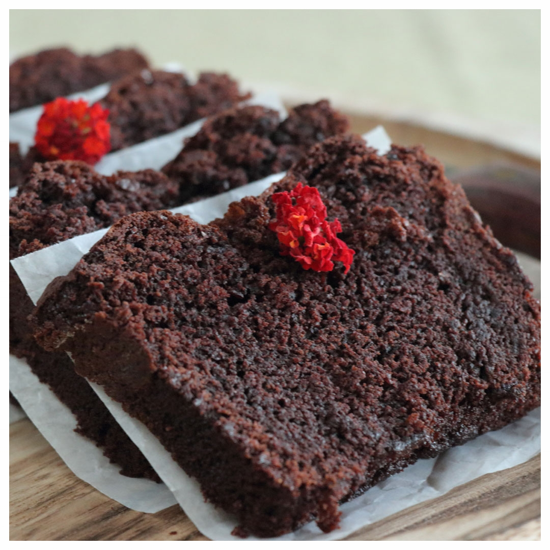 FB_Ε191-Νηστίσιμο-σοκολατένιο-κέικ-με-ταχίνι_IMG_0716_1.jpg