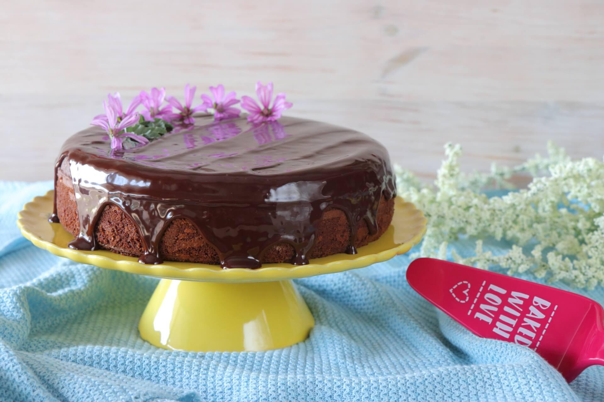 Υγρό κέικ σοκολάτας    ΔΕΣ ΤΗ ΣΥΝΤΑΓΗ