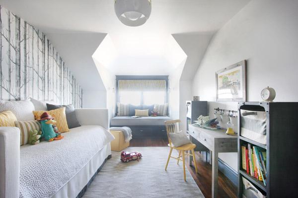 Jenny Wolf, Lonny Magazine, Long Beach Island Summer beach house, boys bedroom, cole & son wallpaper