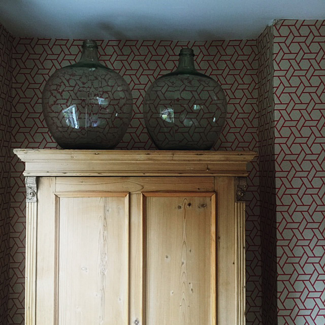 Manuel Canovas lattice pink bedroom