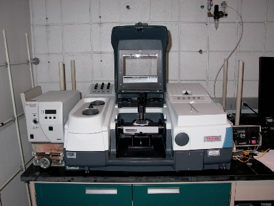 Thermo Scientific Nicolet 8700 FTIR Spectrometer