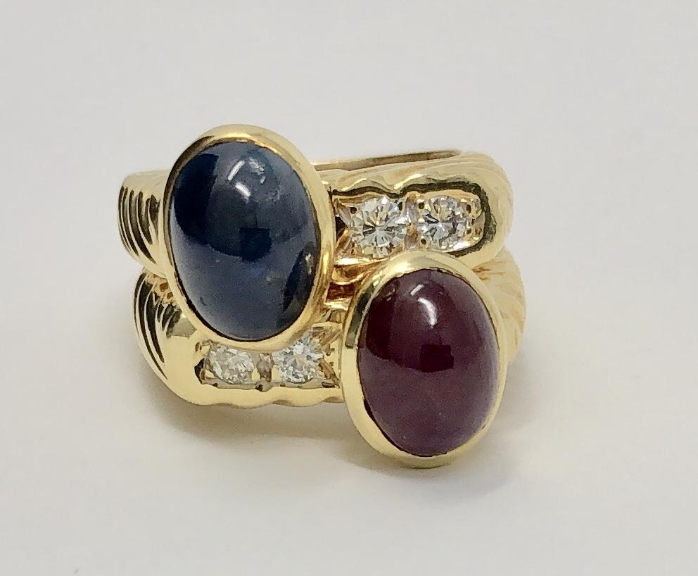 18K Yellow Gold Sapphire Diamond Ring