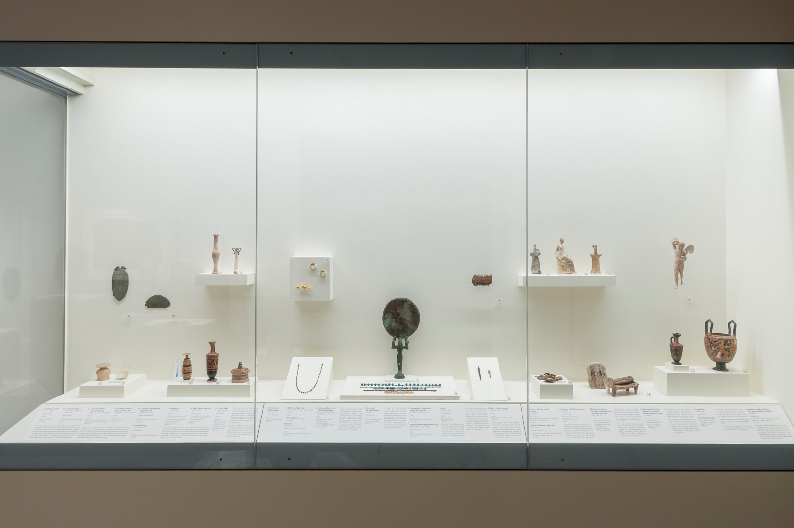 2015Antiquities_Galleries_a12 (Large).jpg