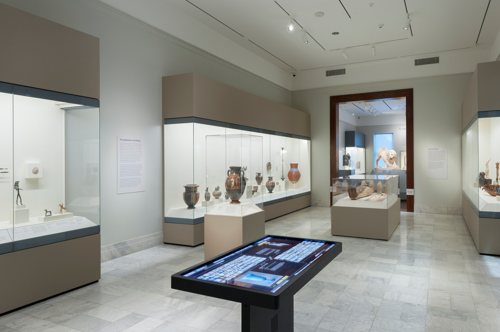 2015Antiquities_Galleries_a27 (Large).jpg