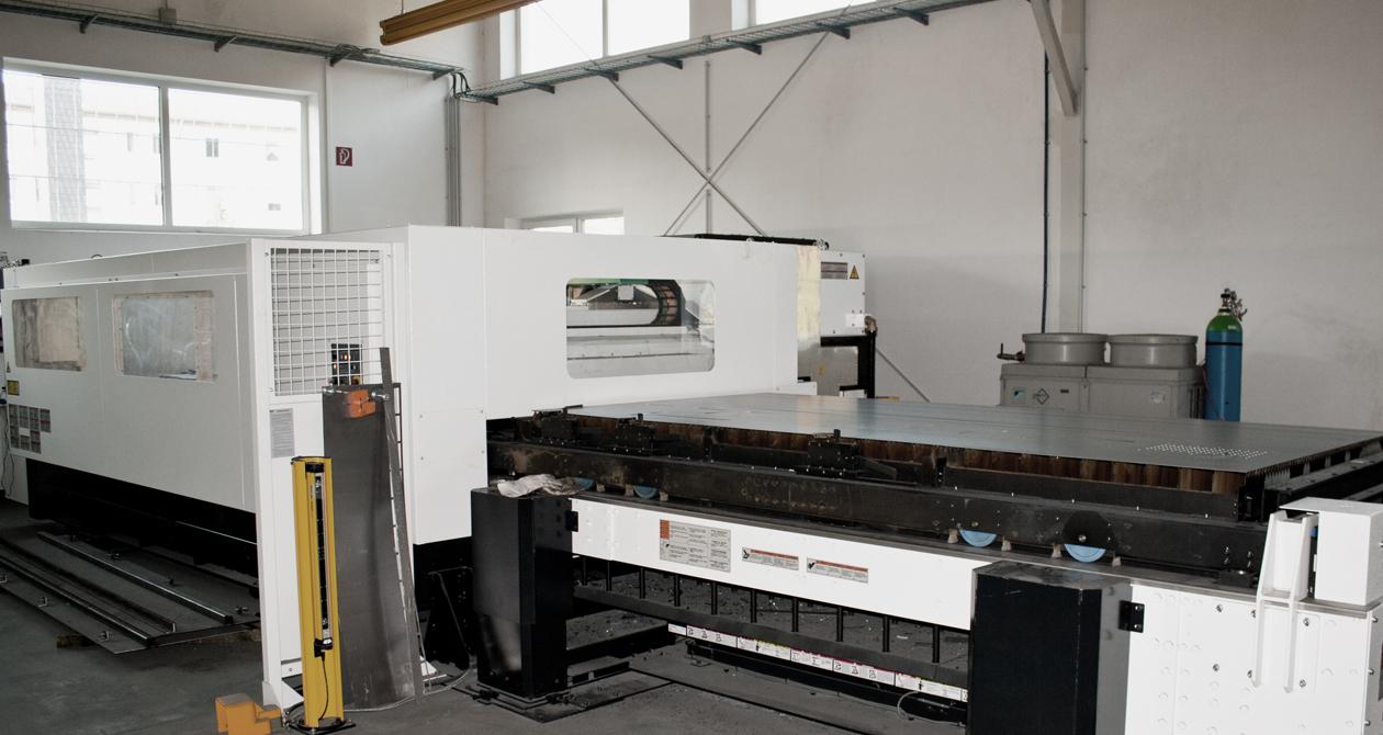 Laseranlage-2_1260x670_f.jpg