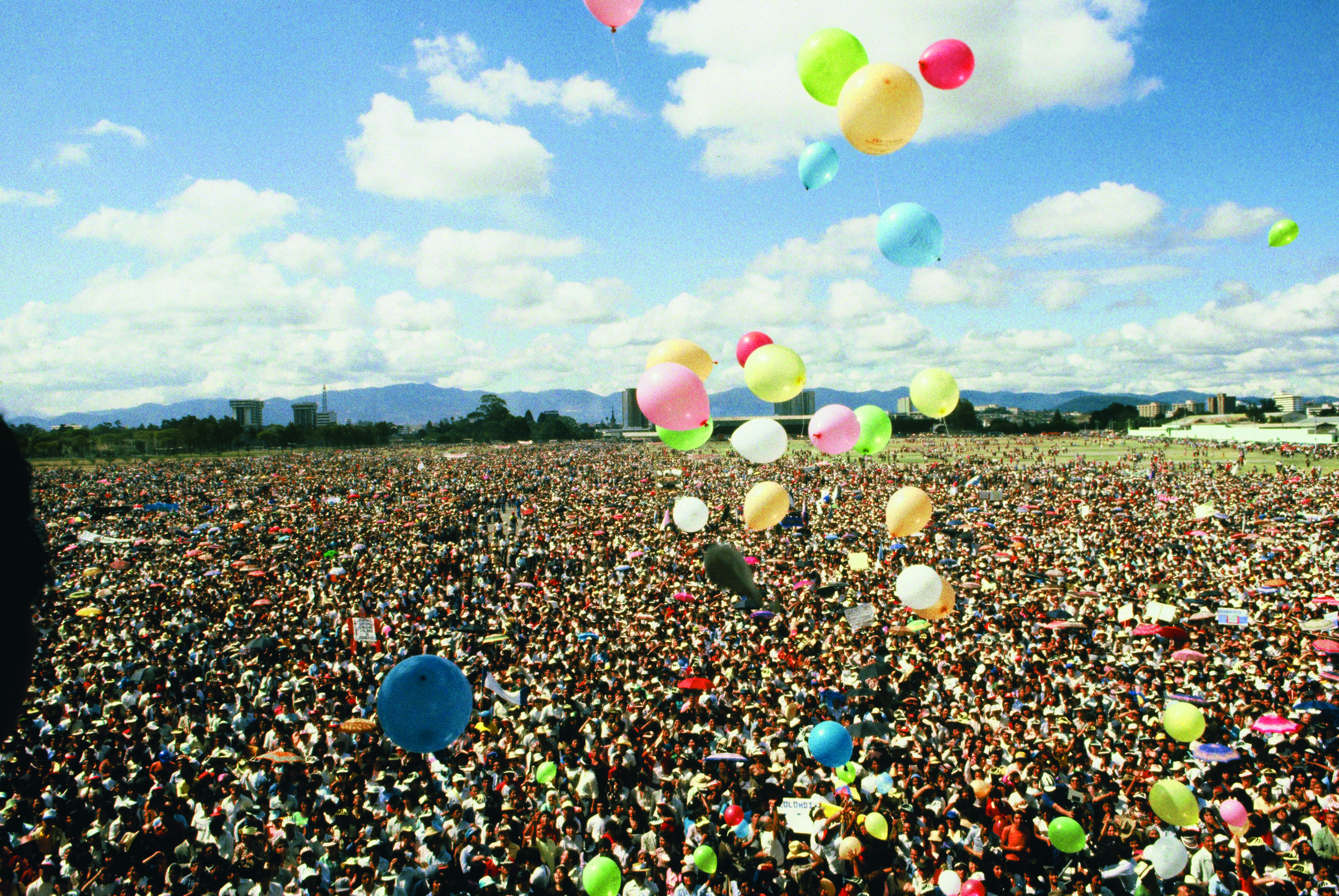 Largest Single Day Event in the History of Luis' Ministry - 700,000 People, Guatemala City, 1982