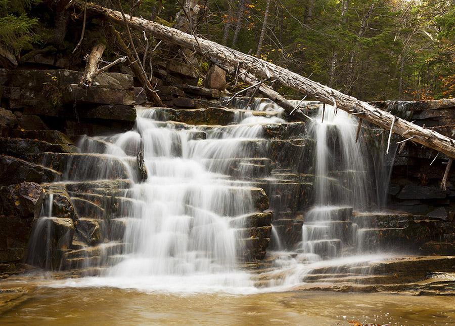 waterfall-01a.jpg