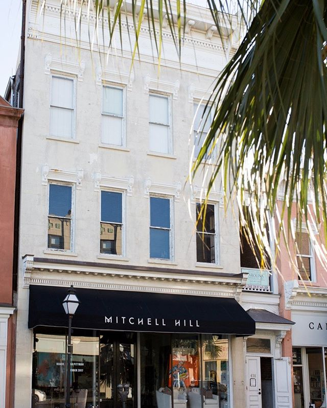 It's Wednesday, and we have some news for you! We're moving to @mitchellhillcharleston! We're so excited to become part of the family at Charleston's first design center! This new chapter is the perfect addition to our colorful journey! Photography by Architectural Digest #interiordesigntips #charlestonstyle  #homestylinginspo  #interiordecor