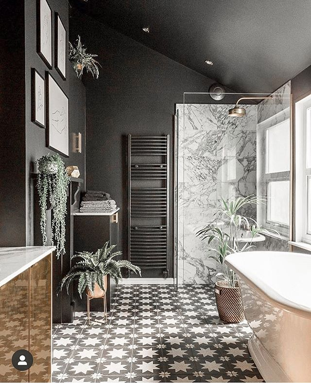 Sometimes we just like our walls like we like our coffee: black! 🖤🖤🖤Check out this bathroom design by @gold_is_a_neutral using @farrowandball paints.	#farrowandball #farrowandballpaint  #charlestonstyle  #interiorinstagram