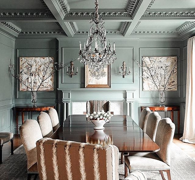 Green or Blue, it all depends on the light! Check out this beautiful design by @lisa_hilderbrand using @farrowandball Green Blue color! #farrowandball #farrowandballpaint #charlestonlife #interdesign