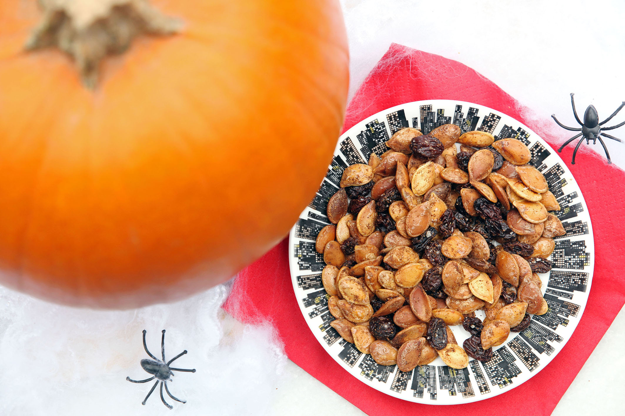 Pumpkin seeds with Indian spices