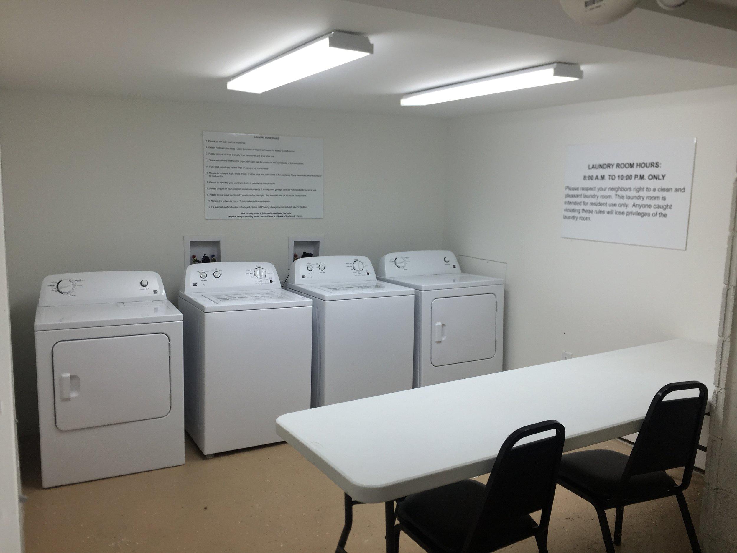 522 - Laundry Room Pic.jpg