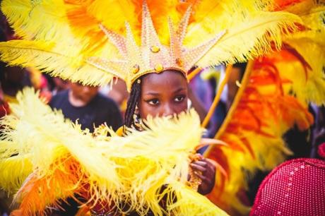 carnaval-con-aires-latinos