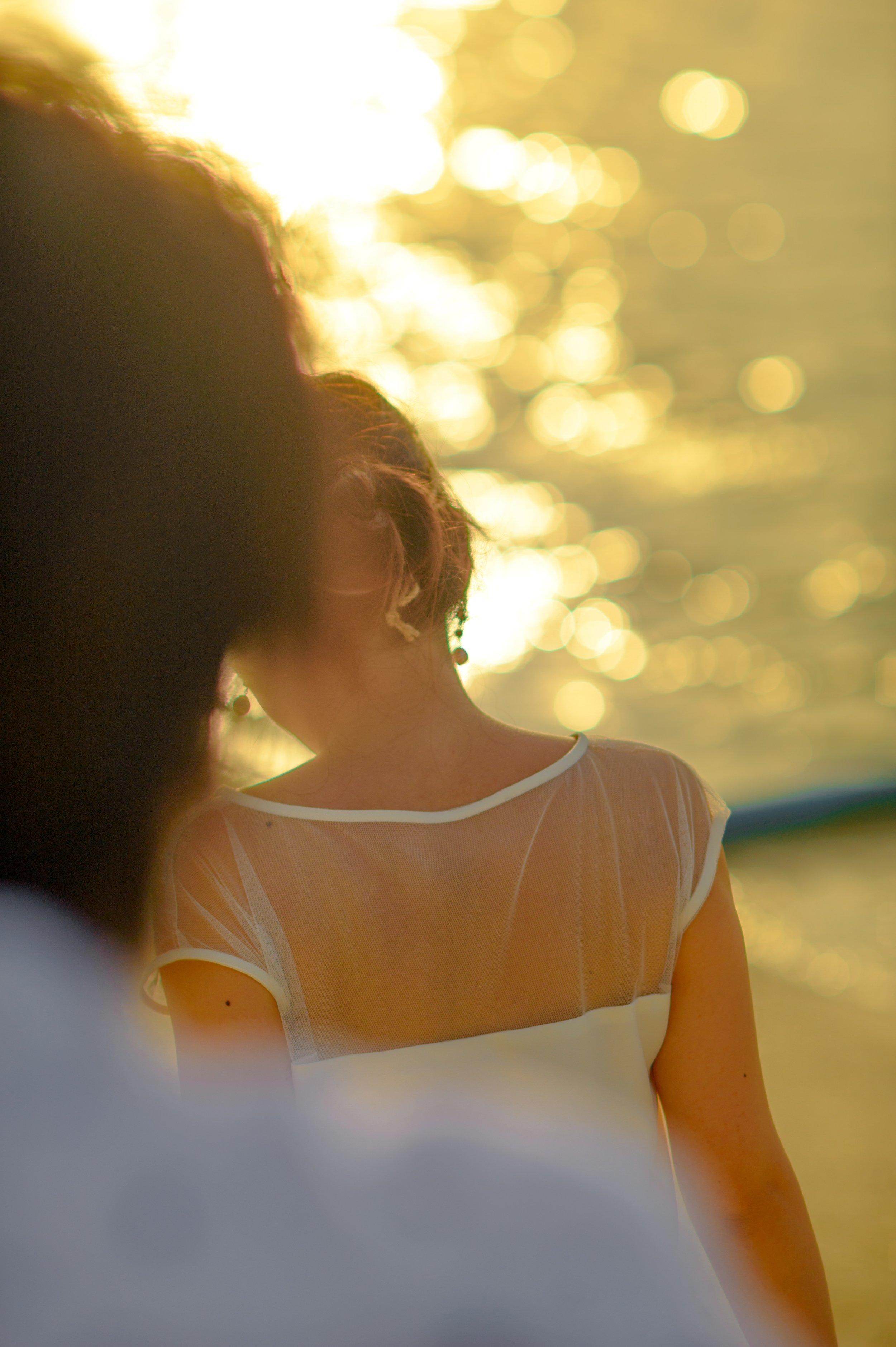 back-view-blur-bokeh-1021060.jpg